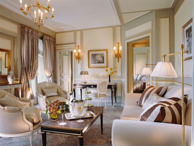 Le salon de la Deluxe Suite - Le Meurice