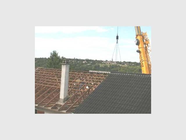Ancien toit - Maison surélevée