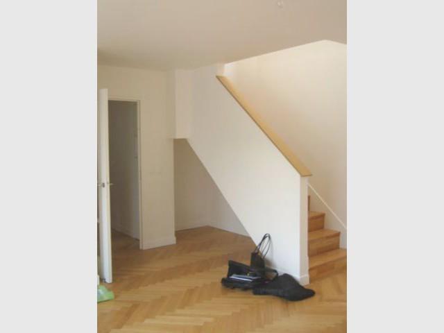 Avant - rangement sous escalier