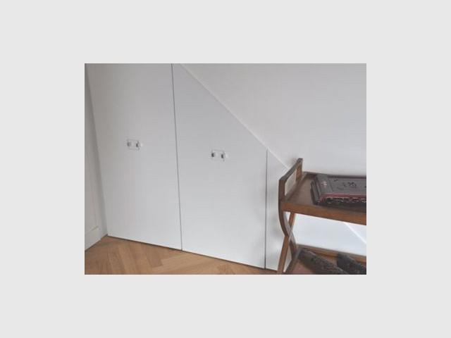 Discret - rangement sous escalier