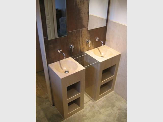 Salle de bains - pierre de Bourgogne