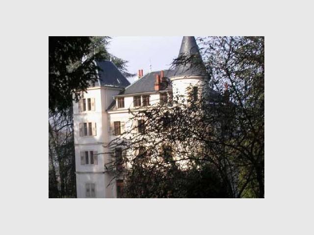 L 39 etat met en vente 1700 biens immobiliers maisonapart - Cession des biens de l etat ...