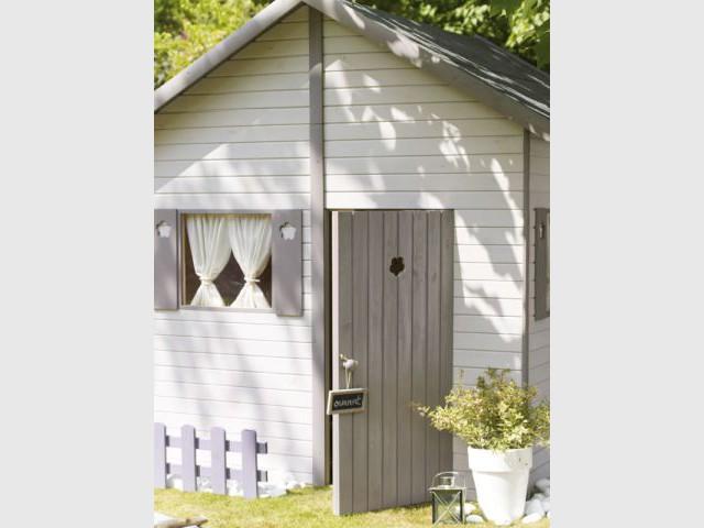 le mobilier outdoor version enfant maisonapart. Black Bedroom Furniture Sets. Home Design Ideas