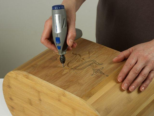 Etape 2 : la gravure - Dremel - Fiche pratique fabriquer une jardinière