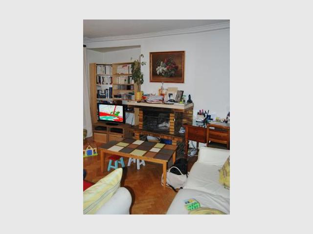 1 petit appart fonctionnel et agr able vivre c 39 est possible. Black Bedroom Furniture Sets. Home Design Ideas