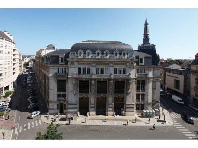 Architecture postale une histoire en mouvement for Dijon architecture