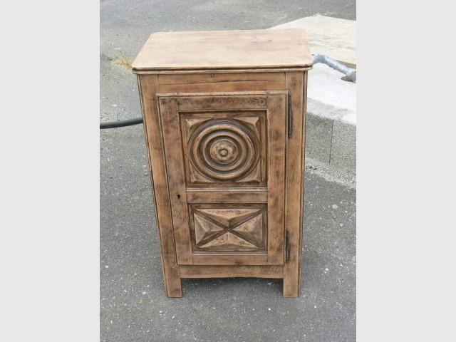 Pas pas relooking d 39 un vieux meuble breton for Meuble breton ancien