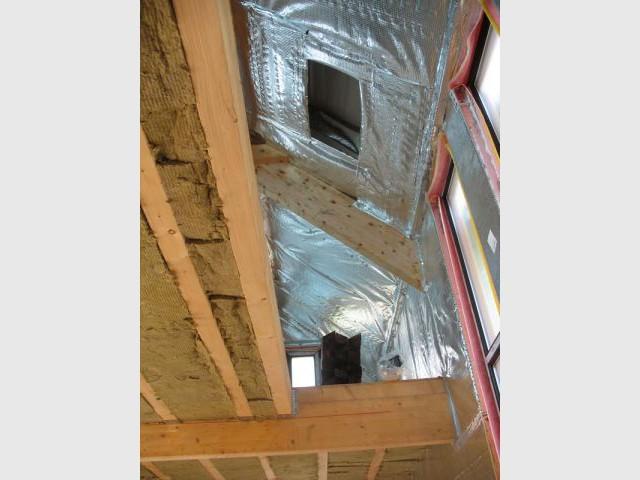 Combles et plafond du rez-de-chaussée. - Isolation Rockwool Eco-logis