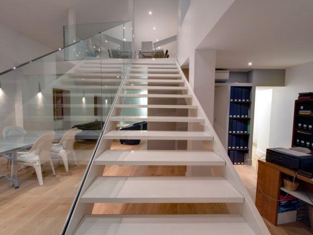 escaliers 10 mod les plein d 39 ing niosit. Black Bedroom Furniture Sets. Home Design Ideas