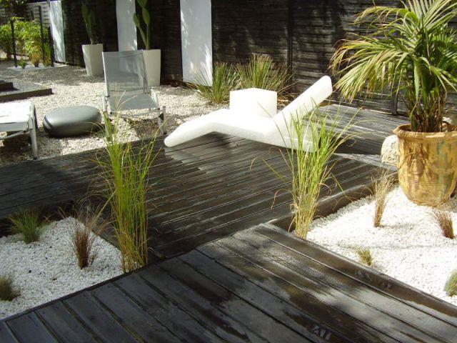1 jardin zen en noir et blanc for Jardin noir et blanc
