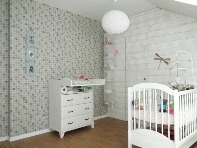 Une chambre bleue pour la petite rose for Mobilier chambre blanc