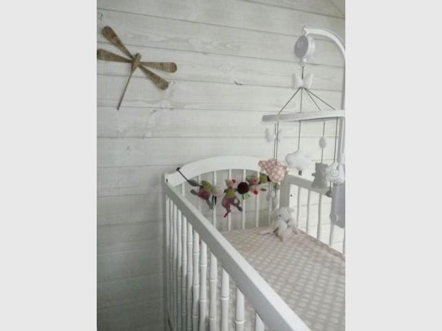 Chambre de bébé - Lambris - Reportage chambre enfant
