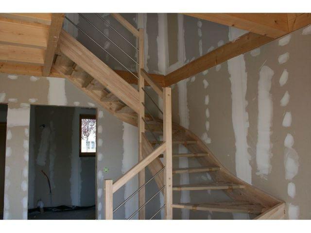Bandes de plâtre - maison paille