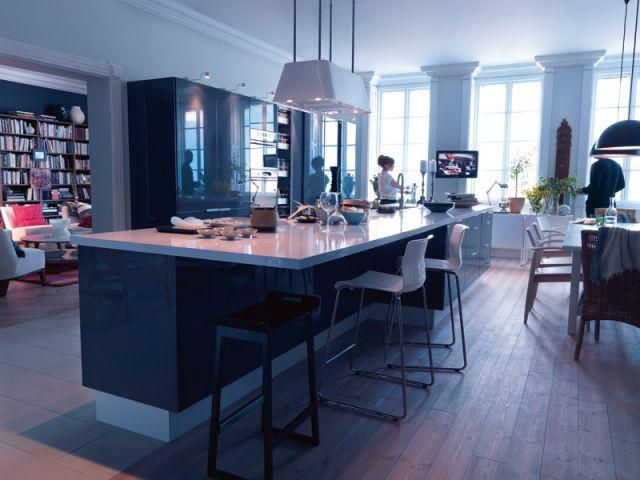 10 solutions pour structurer l 39 espace for Table haute separation cuisine salon