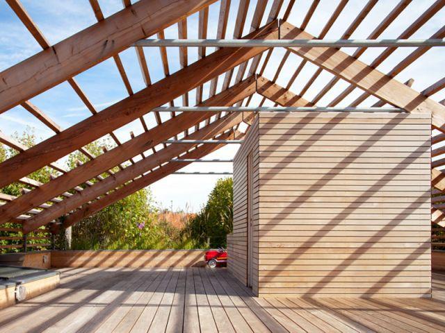 Une terrasse végétalisée - Maison éco-durable-reportage