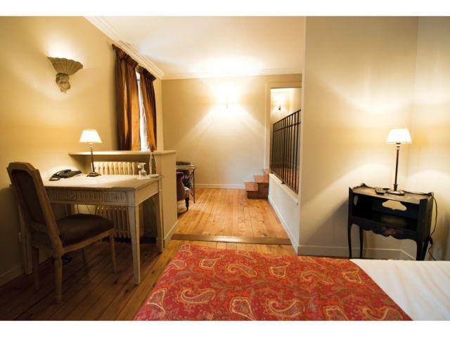 Chambre avec bureau - Hôtel Le Sauvage à Besançon