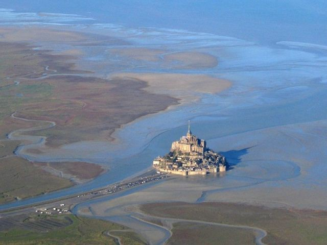 Mont Saint Michel vu d'avion