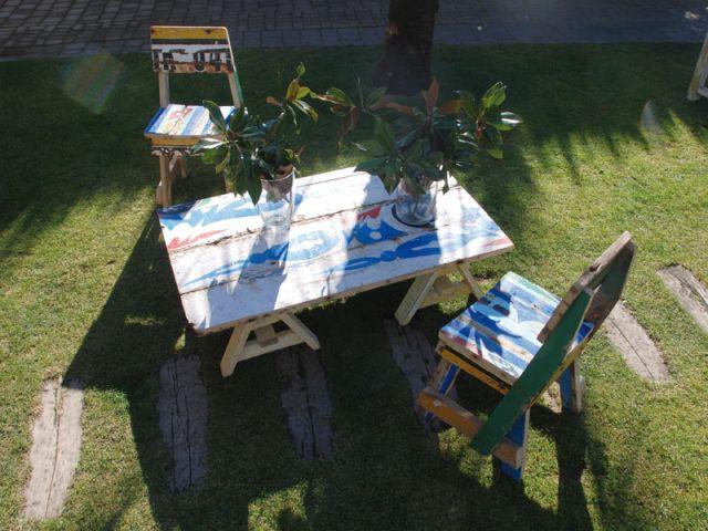 Vue d'extérieur des meubles Artlantique - Mobilier bois de bateau