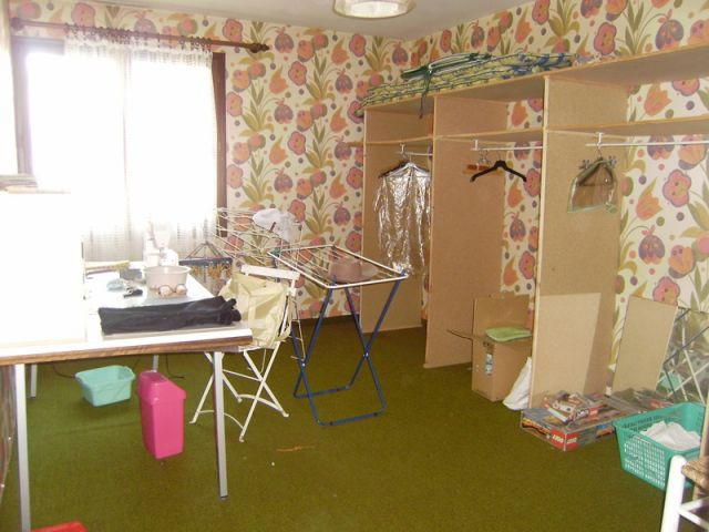 Buanderie avant - Home staging reportage