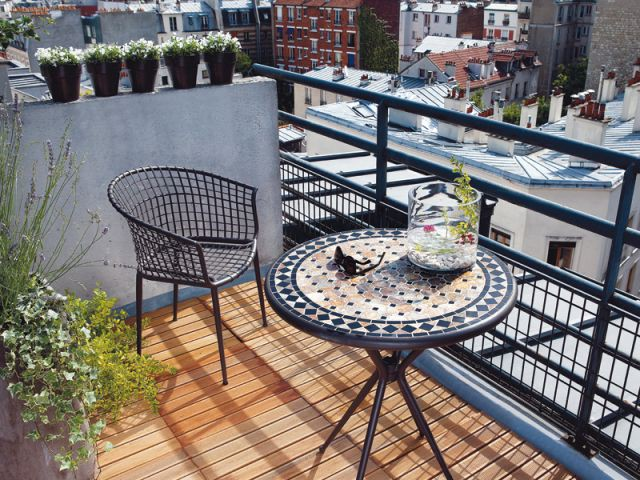 "Ambiance ""Toits parisiens"" - balcon"