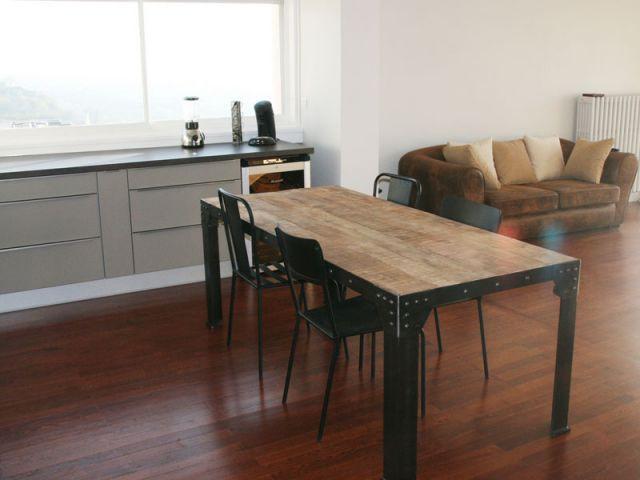 Cuisine et salon dans un même espace - Rénovation appartement à Lyon