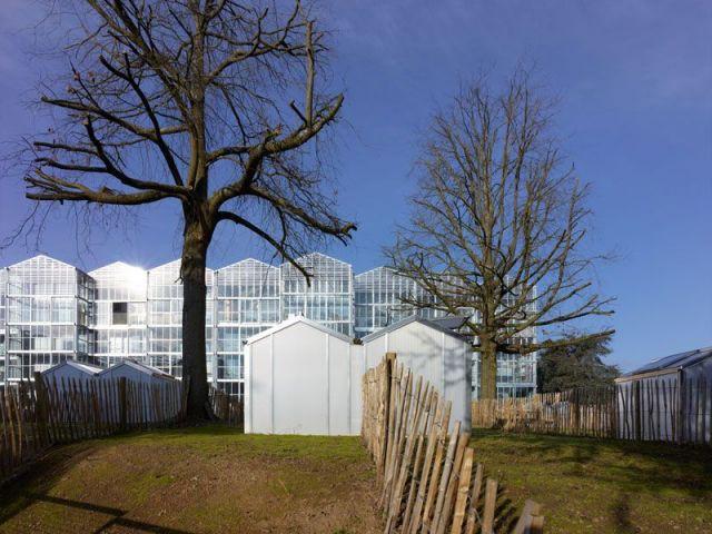 A nantes des maisons serres sur pilotis for Espace vert nantes