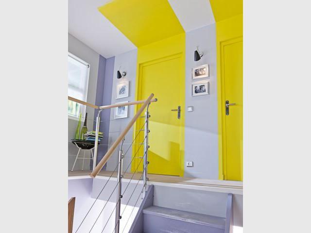 douze mani res de jouer avec la peinture. Black Bedroom Furniture Sets. Home Design Ideas