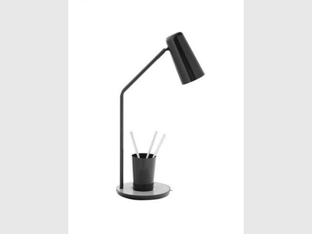 Douze lampes pour styliser son bureau for Lampe salon fly