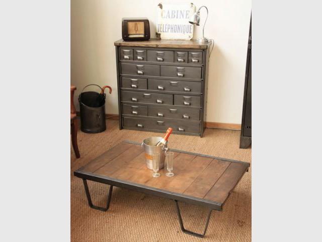 Favori La restauration d'un meuble industriel expliquée étape par étape GN83