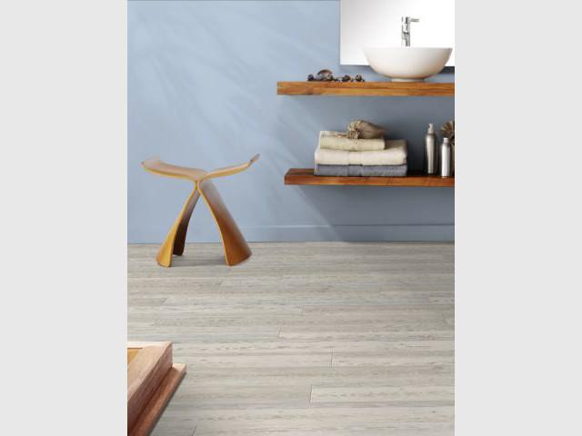 vinyle sol salle de bain elegant lino dans salle de bain amazing sol vinyle virtuo clic bton. Black Bedroom Furniture Sets. Home Design Ideas