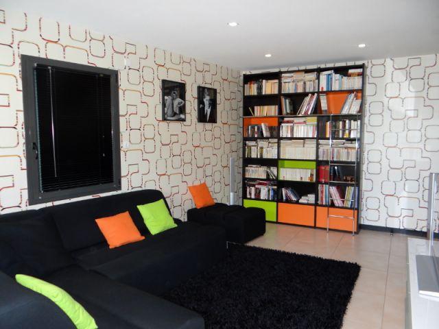1 salon home cinema en technicolor. Black Bedroom Furniture Sets. Home Design Ideas