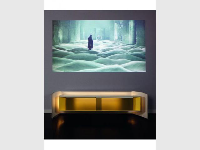 Un Home Cinema dans un meuble - Table Wide