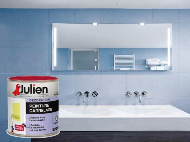10 solutions pour redonner de l 39 clat une salle de bains for Peinture speciale carrelage