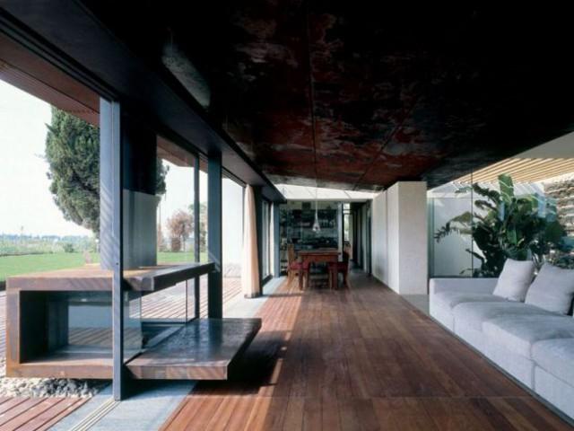 une maison paysanne des ann es 30 r nov e en cocon moderne. Black Bedroom Furniture Sets. Home Design Ideas