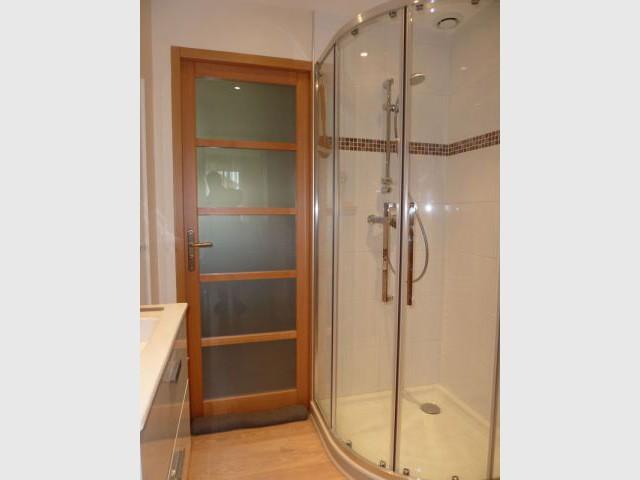Une chambre tout quip e en lieu et place d 39 un garage for Cout d une salle de bain