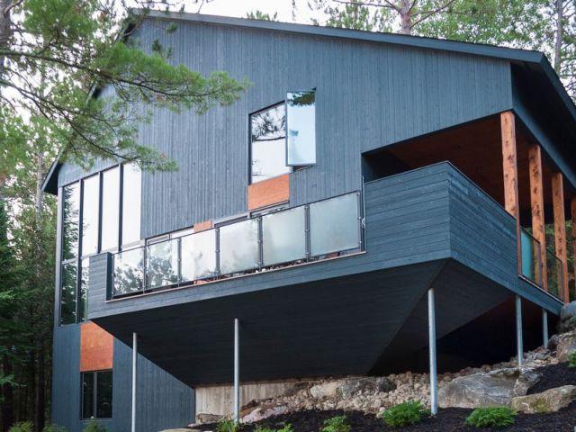 Maison d 39 architecte une cabane moderne au canada for Maison moderne canada