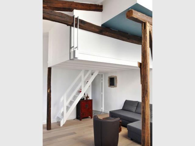 4 chambres de bonne et des combles r unis en un appartement On hauteur sous pente