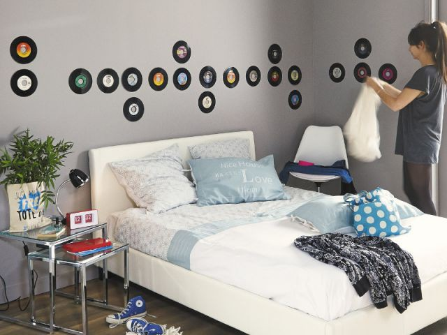10 compositions originales pour habiller vos murs. Black Bedroom Furniture Sets. Home Design Ideas