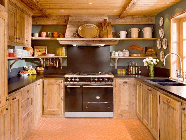 Luxe absolu dans un chalet rustique - Cuisine style chalet ...