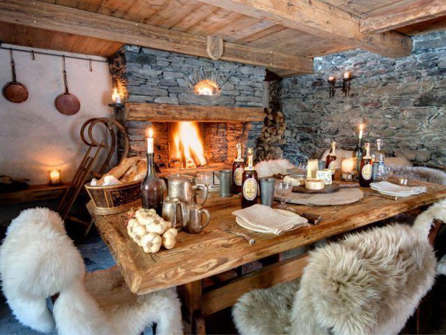 Luxe absolu dans un chalet rustique - Decoration salle a manger rustique ...