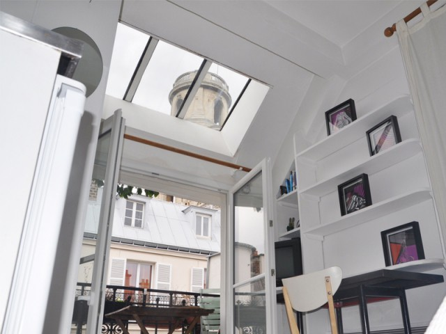 perfect des zones de vie distinctes au sein duune mme pice with amenagement cuisine 12m2. Black Bedroom Furniture Sets. Home Design Ideas