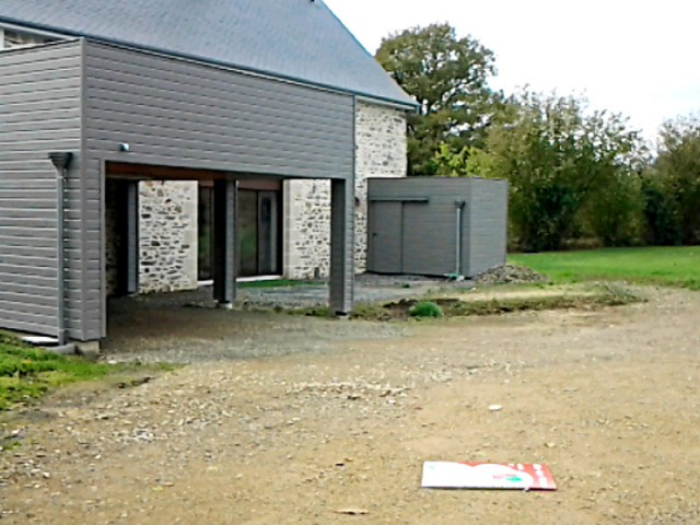 Am nager une cour moderne avec une composition de graviers - Jeux de voiture a garer dans un garage de maison ...