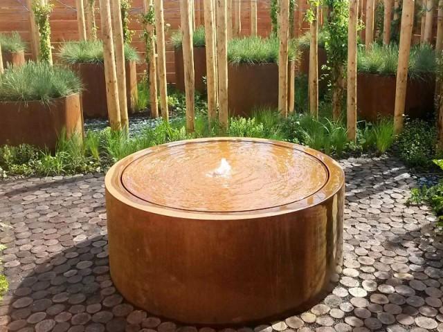 Inspirations un bassin pour mon jardin for Bassin rond pour jardin