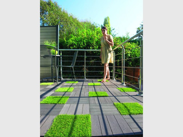 Dix solutions pour dynamiser sa terrasse maisonapart - Dalles gazon synthetique ...