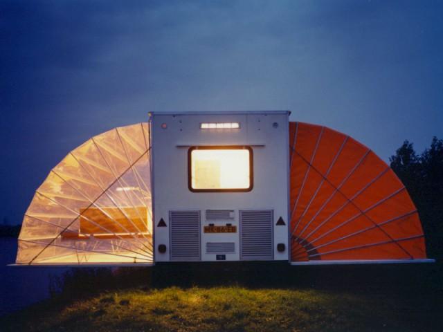 Une caravane papillon qui se transforme en maison - Linge de maison caravane ...