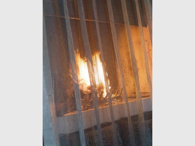 La cotte de mailles pour sécuriser une cheminée - Zoom sur la cotte de mailles