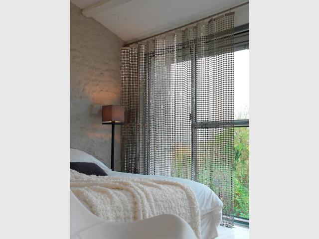 La cotte de mailles pour habiller les fenêtres - Zoom sur la cotte de mailles