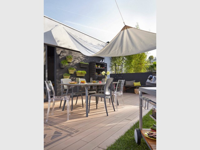Les voiles d 39 ombrage 10 maisons 10 styles for Voile ombrage leroy merlin