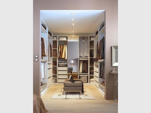 dressing quelles configurations possibles. Black Bedroom Furniture Sets. Home Design Ideas