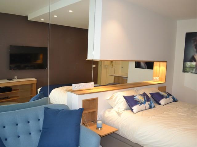 1 22m2 plein de ruses et d 39 astuces pour para tre plus grand. Black Bedroom Furniture Sets. Home Design Ideas